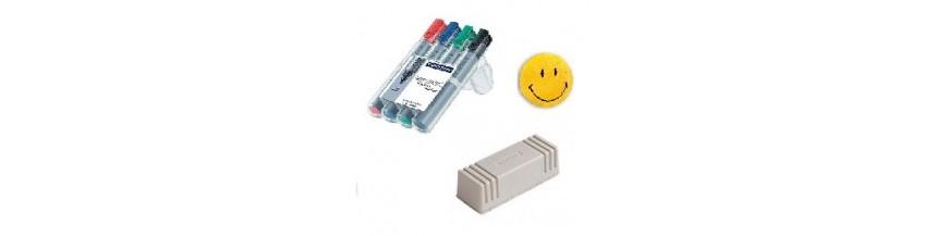 Cifre, litere magnetice, table albe, bureti, magneti, markere